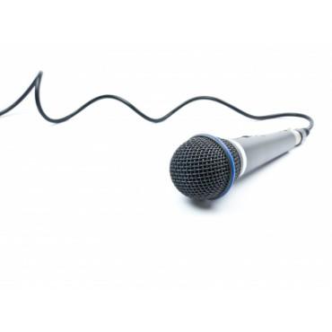 Кабелни микрофони